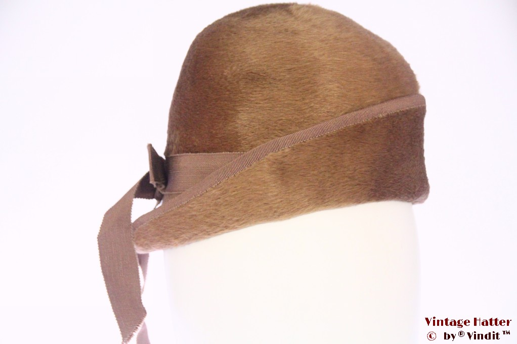 Ladies Cloche hat beige brown fur felt 54 (XS)