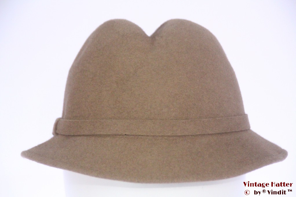 Ladies hat V.E.B. beige felt 56