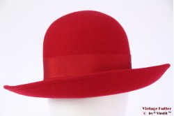 Ladies hat red felt 57