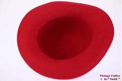 Ladies hat red felt 57
