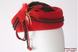Cocktail hat Markert Hut red with rope and feathers 54 (XS)