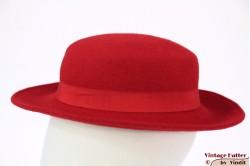 Low ladies hat red felt 55 (S)