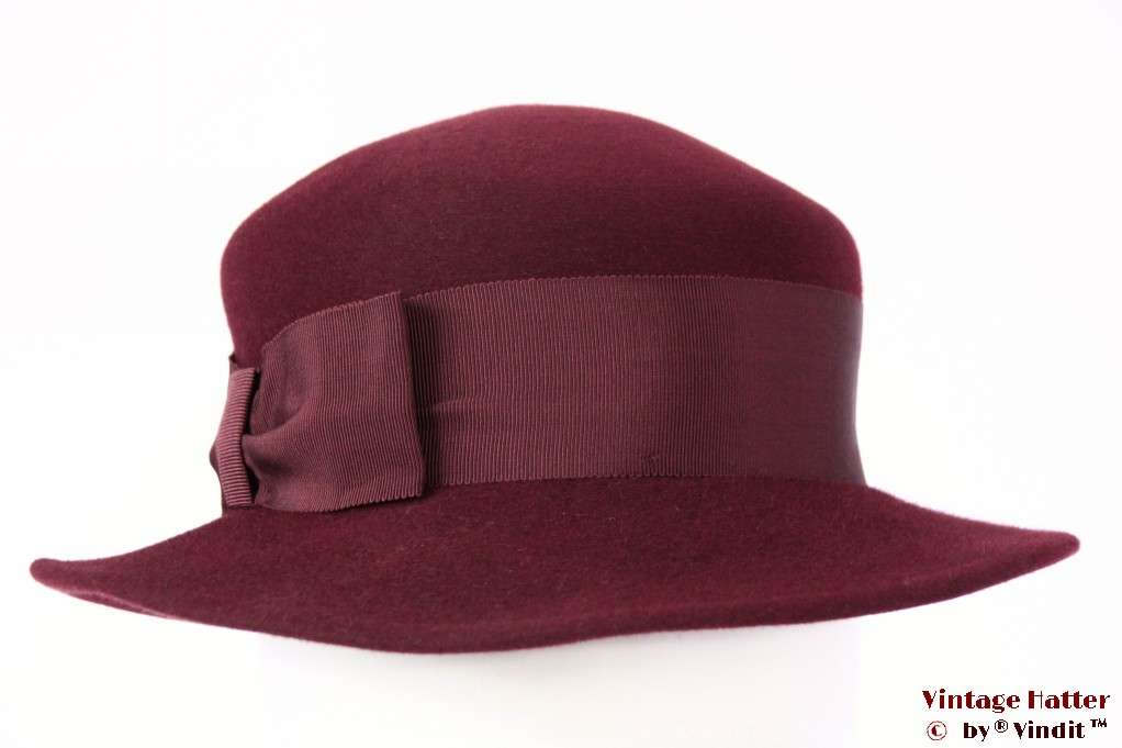 Ladies hat LadyLike burgundy fur felt 56,5