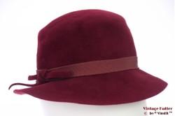 Ladies hat burgundy purple velour 54 (XS)
