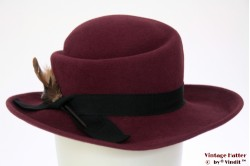 Ladies hat Mayser burgundy purple with feathers 55,5
