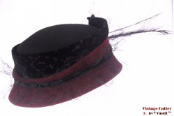 Ladies hat burgundy purple and black with feathers 56
