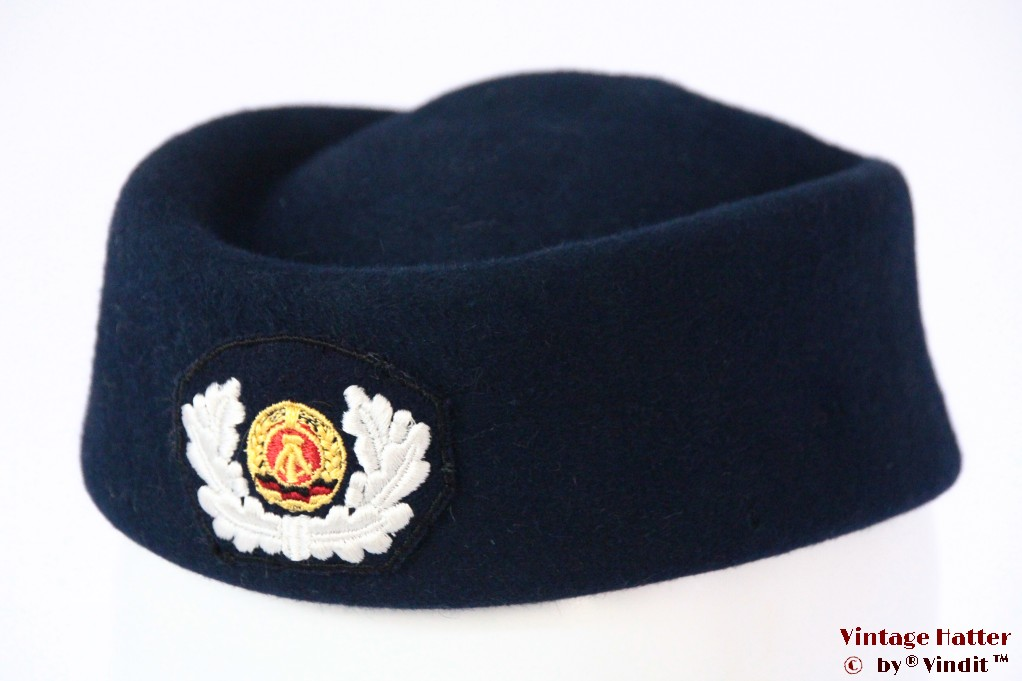 Ladies Uniform hat DDR dark blue 51-53 (XXS!)