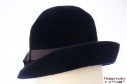 Cloche hat dark blue velvet 55