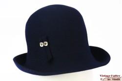 Dameshoed donker blauw vilt 55 (S)