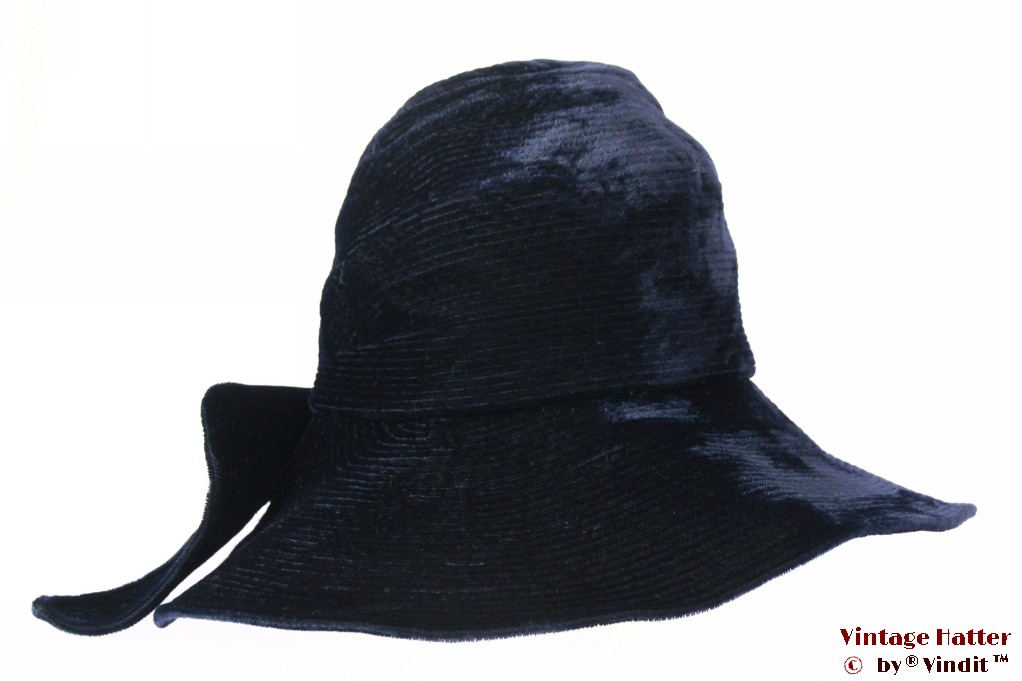 Ladies hat handmade dark blue velvet 56