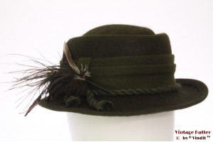 Ladies hunting hat dark green fur felt with feathers 56