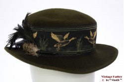 Ladies hat Aallard dark green woolfelt feathers 56