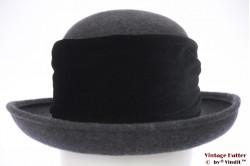 Ladies hat grey felt with black velvet band 58