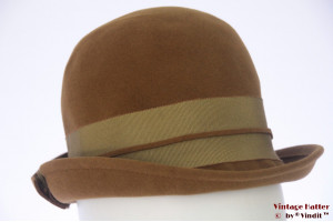 Ladies hat Gazelle greenish brown velvet 55 (S)
