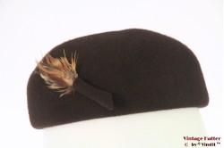 Cocktail hat brown fur felt with feathers 54 (XS)