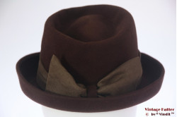 Ladies hat brown felt with bow 55 (S)