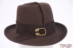 Ladies hat greyish brown felt with buckle and fold 57