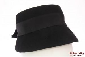 Cloche hat black felt 54 (XS)