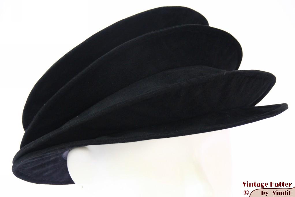 Ladies Pagode-hat The Madhatter black velvet 54-57 [New]