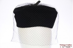Cocktail hat black with veil 55 (S)