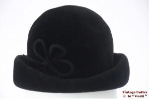 Ladies cocktail hat black velour 55 (S)