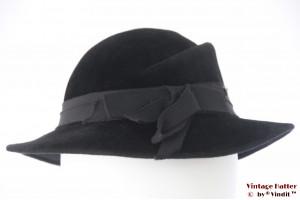 Ladies hat  La Mouche black velvet 55 (S)