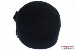 Ladies coctail hat Tonak black velvet with feathers 56