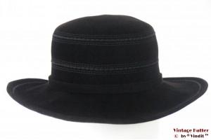 Ladies hat Mayser black velvet 56