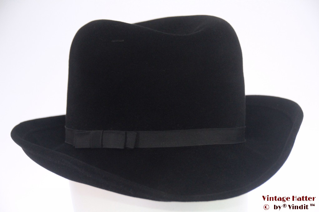 Ladies fedora black velvet 56