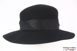 Ladies hat black felt with twisted band 56,5