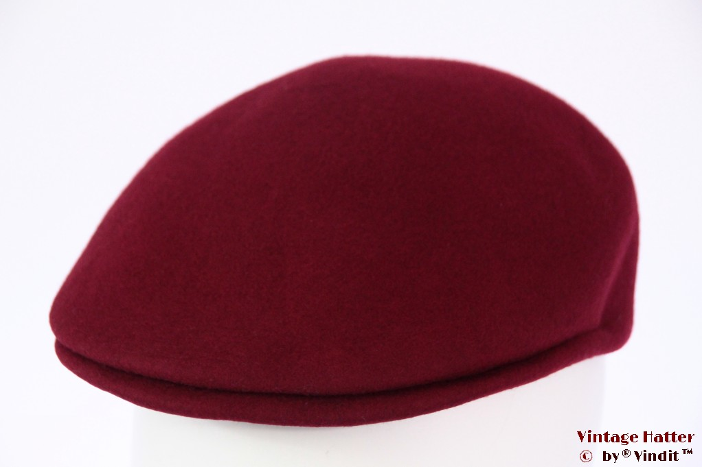 Preshaped cap burgundy red felt 56