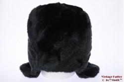 Hawkins aviator type hood black faux fur with pompons 59 [new]