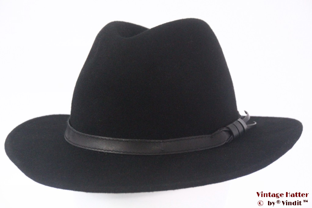 Outdoor hat black woolfelt 58