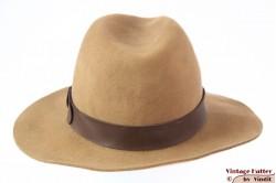 Fedora (recent model) beige brown felt 58