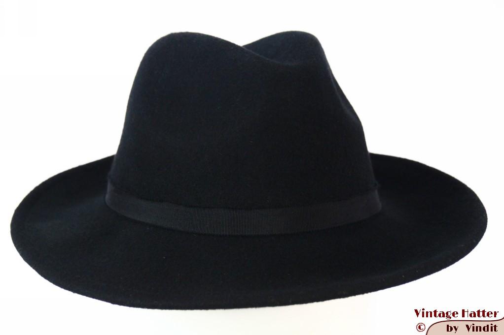 Fedora recent model black felt 57