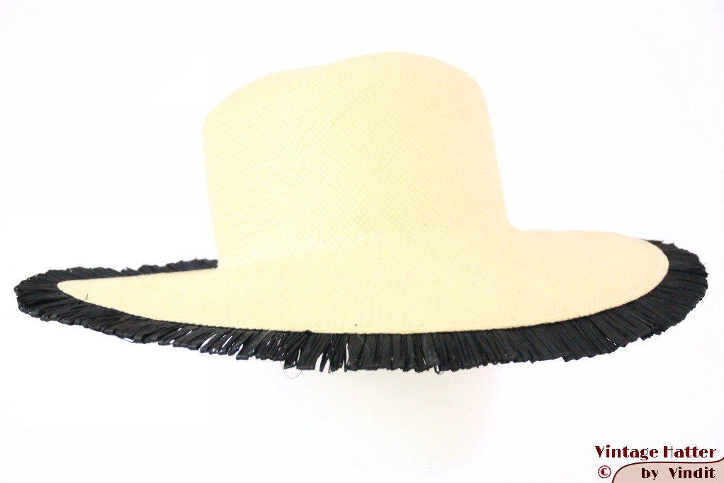 Summer floppyhat off-white 57