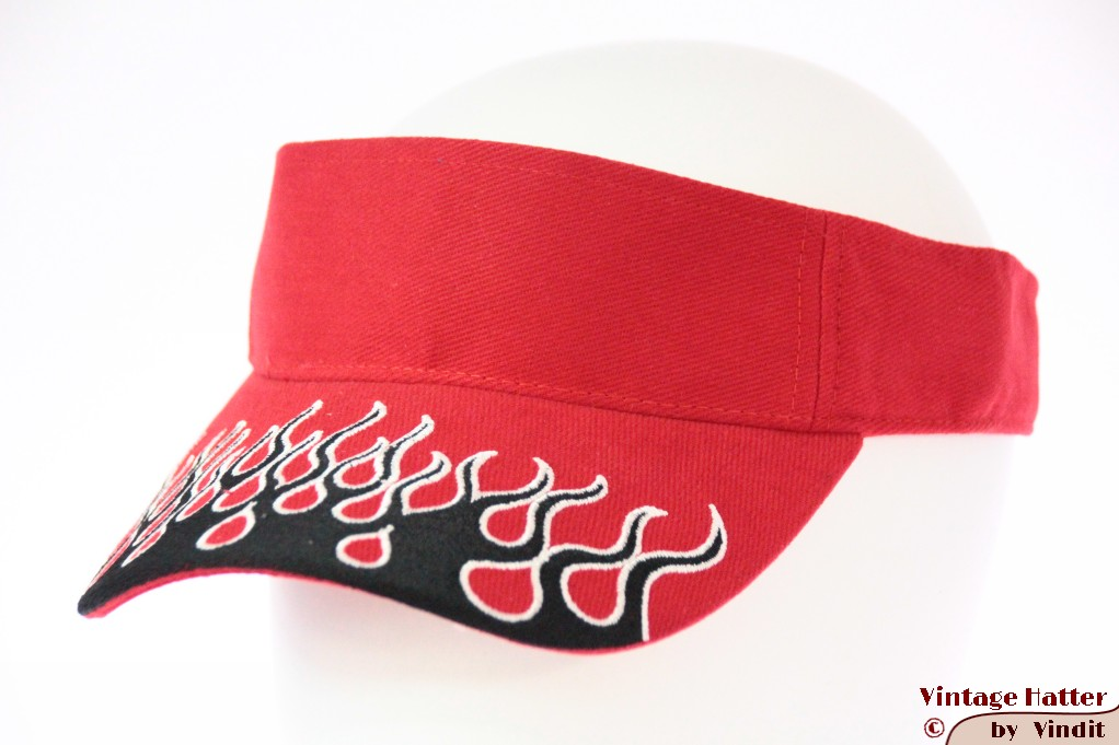 Visor SkyHigh red with black flames and velcro 52-63 [new]