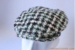 Flatcap white green brown loosly woven 55