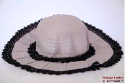 Floppy hoed Dagels zacht paars met zwart kant 54,5