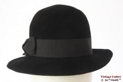 Ladies hat black velour 55 (S)