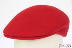 Platte pet rood vilt 57