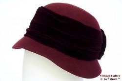 Ladies hat burgundy purple with velvet band 57-58